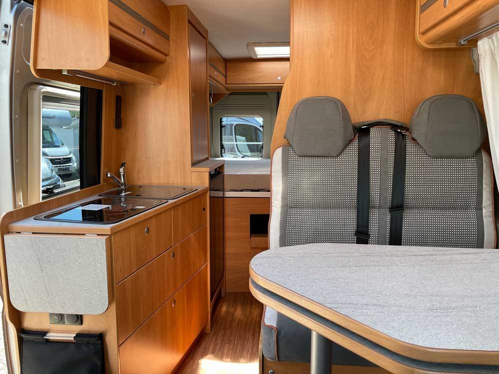 p ssl 2 win kastenwagen aus vermietung zu verkaufen. Black Bedroom Furniture Sets. Home Design Ideas